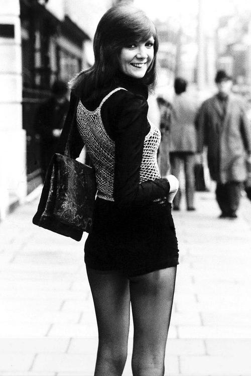 7/3/1964 Cilla Black