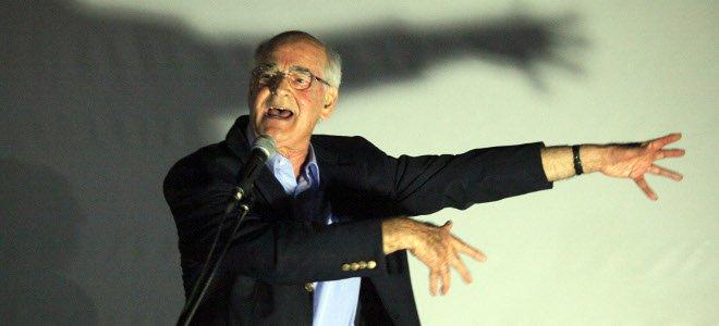 Στην αντεπίθεση ο Απ. Κακλαμάνης: «Δεν απαντώ σε ΔΟΛια ΜΜΕ»