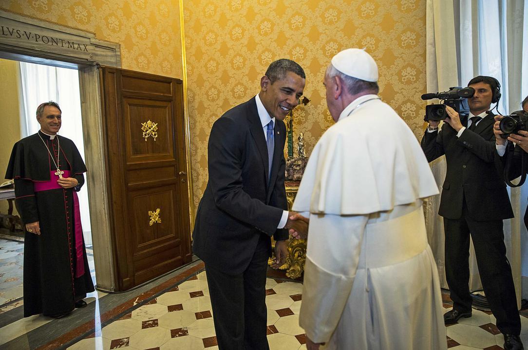 Στο Βατικανό ο Ομπάμα για την «ευλογία» του Πάπα