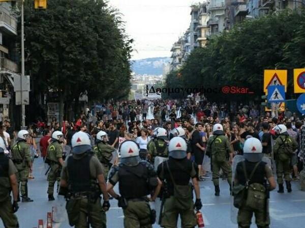 Ειρηνικά και μαζικά τα συλλαλητήρια στη ΔΕΘ