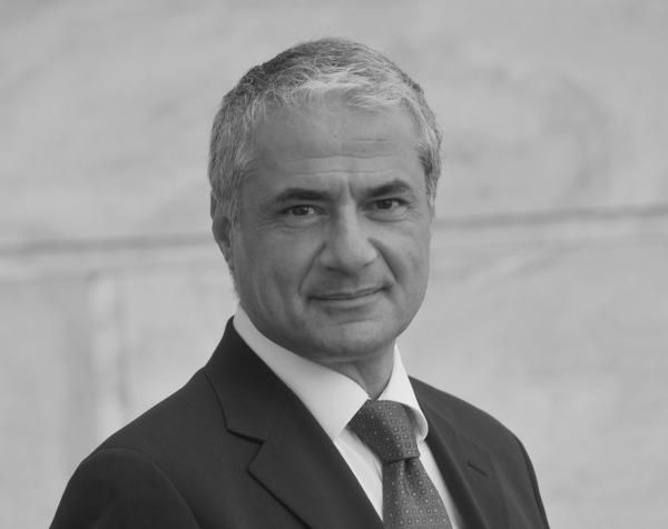 Ύπουλος εχθρός ή λάθος πολιτική; Του Γιάννη Τσαμουργκέλη