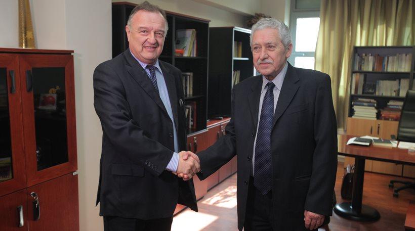 Συνάντηση προέδρου του ΔΣΑ με Φ. Κουβέλη: «Το επίμαχο νομοσχέδιο αναιρεί τις αρχές της δίκαιης δίκης»