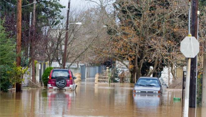 Δύο νεκροί από τις πλημμύρες σε Θεσσαλονίκη και Κιλκίς