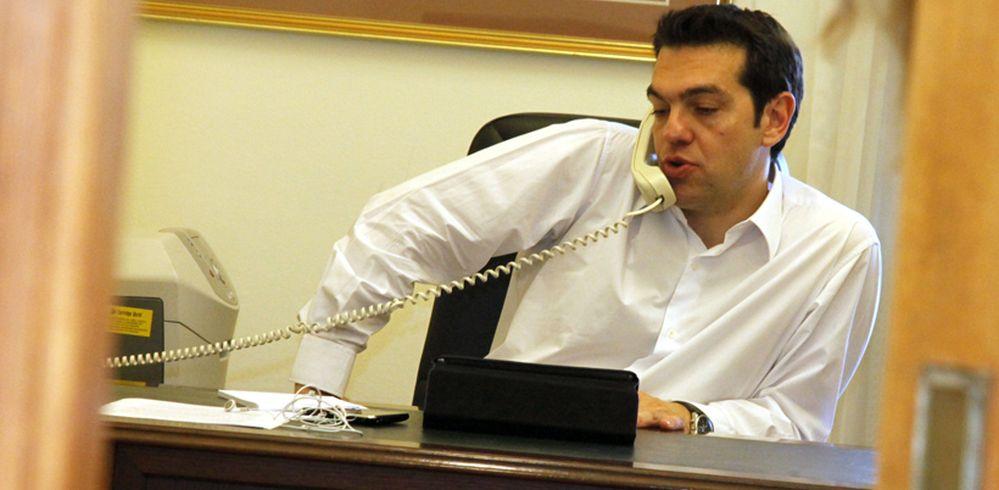 «Πυρετός» τηλεφωνημάτων για την αποκλιμάκωση της έντασης