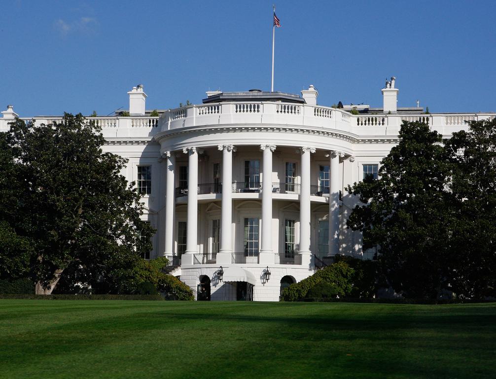 Φάκελος με υδροκυάνιο στον Λευκό Οίκο
