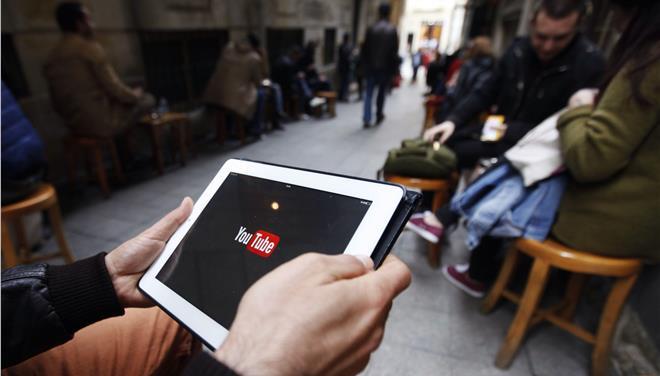 Τουρκία: Απαγορεύτηκε η πρόσβαση στο Facebook, το Τwitter και το YouTube