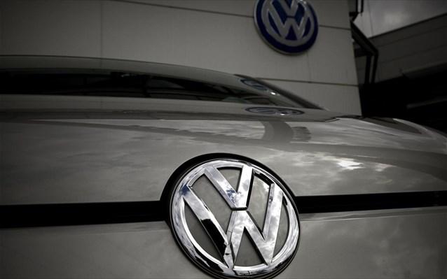 VW: Ζημιές για πρώτη φορά μετά από 15 χρόνια