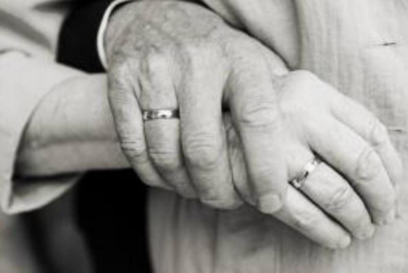Λάρισα: Ζευγάρι πέθανε με μία μέρα διαφορά