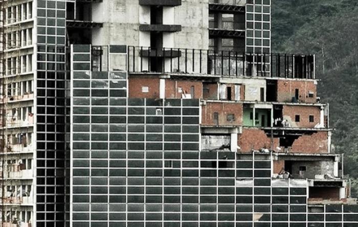 Η αυτοκτονία της Βενεζουέλας: Κείμενο του συγγραφέα Joel Hirst
