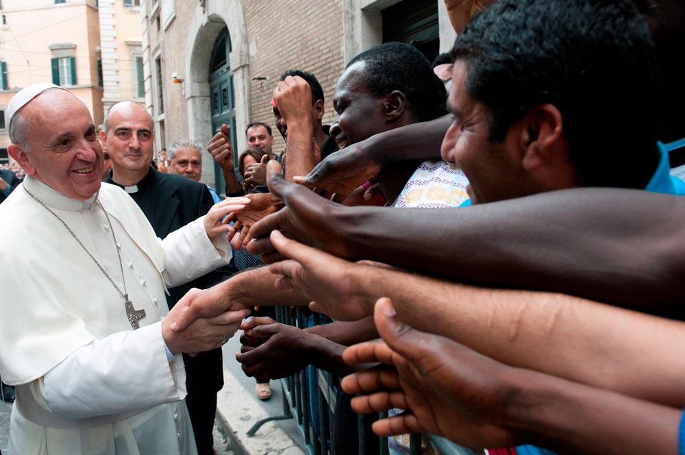 Πάπας Φραγκίσκος: Όλοι ξένοι είμαστε στη Γη