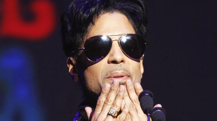 Αμερικανικά ΜΜΕ: Νοσηλεύθηκε λόγω υπερβολικής δόσης ο Prince