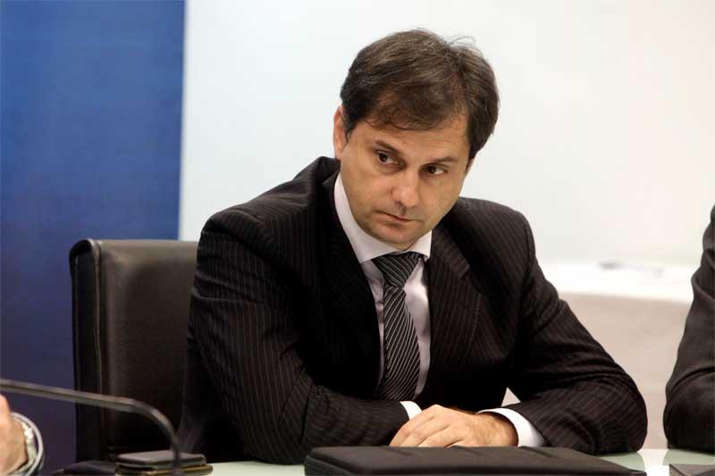 Χάρης Θεοχάρης στο Badiera.gr: Χρειάζεται ένα υγιές πολιτικό κίνημα που θα βάλει την χώρα πάνω από το ίδιο
