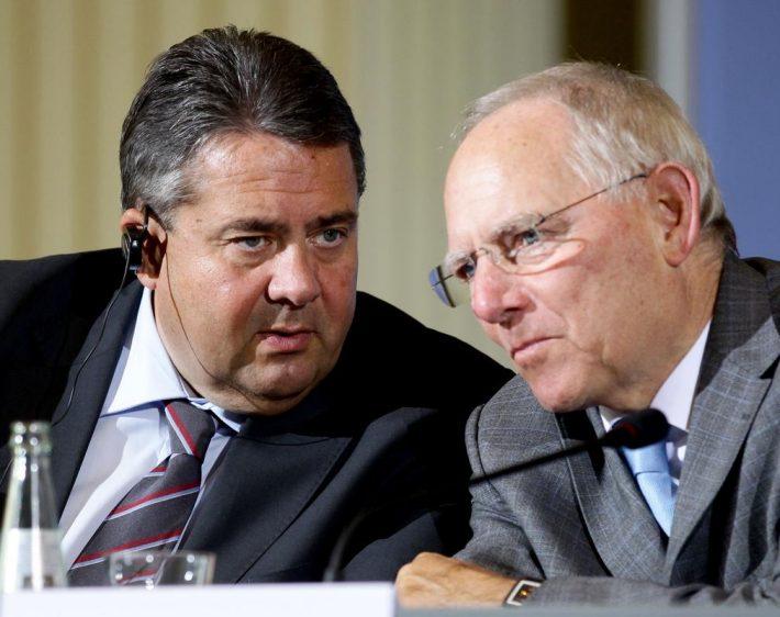 Γκάμπριελ εναντίον Σόιμπλε: Γερμανικός «εμφύλιος» για την Ελλάδα