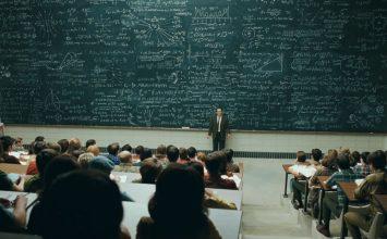 Τα πάθη της εκπαίδευσης από τη σκοπιά ενός εκπαιδευτικού της τάξης. Του Βασίλη Μάστορη