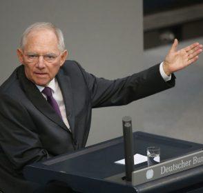 Die Welt: Τα «κόλπα του Σόιμπλε» στο ελληνικό ζήτημα