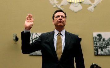 Η κατάθεση του πρώην διευθυντή του FBI Κόμεϊ που απειλεί τον Τραμπ (Δείτε LIVE)